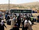 942 لاجئًا سوريًا بلبنان والأردن يعودون إلى بلادهم