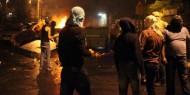 شاهد| شبان يستهدفون قوات الاحتلال بالمفرقعات في العيسوية بالقدس المحتلة