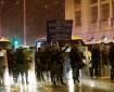 إصابة 15 شرطيا جراء اشتباكات عنيفة مع المحتجين في هونغ كونغ