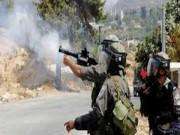 مدفعية الاحتلال تطلق النار والقنابل الدخانية شرق دير البلح