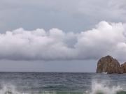 الهند تتأهب لاستقبال إعصار بوريفي المداري