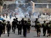 إصابتان وعشرات الاختناقات خلال مواجهات مع الاحتلال على مدخل البيرة