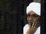 """ماذا قال """"عمر البشير"""" عقب صدور حكم بحبسه؟"""