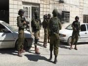 قوات الاحتلال تداهم منازل المواطنين في جنين وتعتقل 3 أسرى محررين