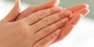 تعرق اليدين... المسببات وطرق العلاج