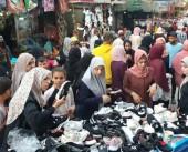 تجار غزة يشتكون من ركود الأسواق في موسم المدارس
