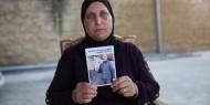 والدة شاب فلسطيني بالداخل المحتل تطالب بالكشف عن قاتل إبنها