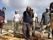 مستوطنون متطرفون يعتدون على قاطفي الزيتون جنوب نابلس