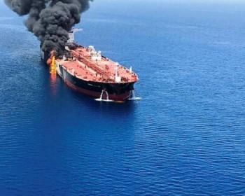 نتنياهو يتهم إيران بالهجوم على سفينة إسرائيلية وطهران تنفي