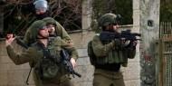 المركز الفلسطيني: الاحتلال يستخدم القوة المفرطة ضد المواطنين بهدف القتل العمد