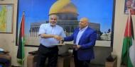 """بالصور   تيار الإصلاح يوقع مشروع """"بسمة أمل"""" بالشراكة مع تنمية غزة"""