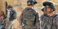 الإعلام العبري يزعم: مستوطن يتعرض للطعن من شاب فلسطيني في يافا