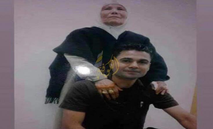 شقيقة الأسير العارضة: محمود ووالدتي شرعا اليوم بالإضراب عن الطعام